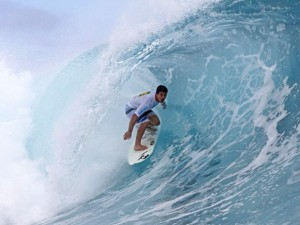 Ricardo-Dos-Santos-in-action-Winner-Tahiti-Trials-2011-