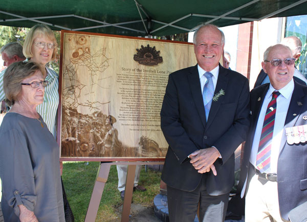 Custom-designed-Plaque-Lone-Pine-memorial-Presentation-Inverell-rsl-Laser-etched-Timber-Potato-Press